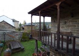 Jardín y terraza Pedrazales