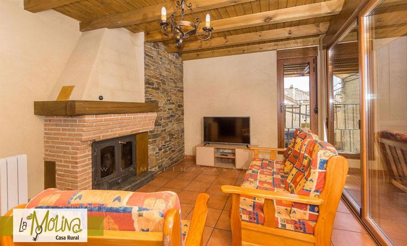 Casa rural rom ntica con con chimenea naturaliste - Casa rural romantica catalunya ...
