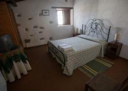 Habitacion doble casa de piedra
