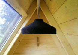 Detalle de iluminación camping cabañas