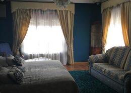 Habitación con cama de matrionio extragrande