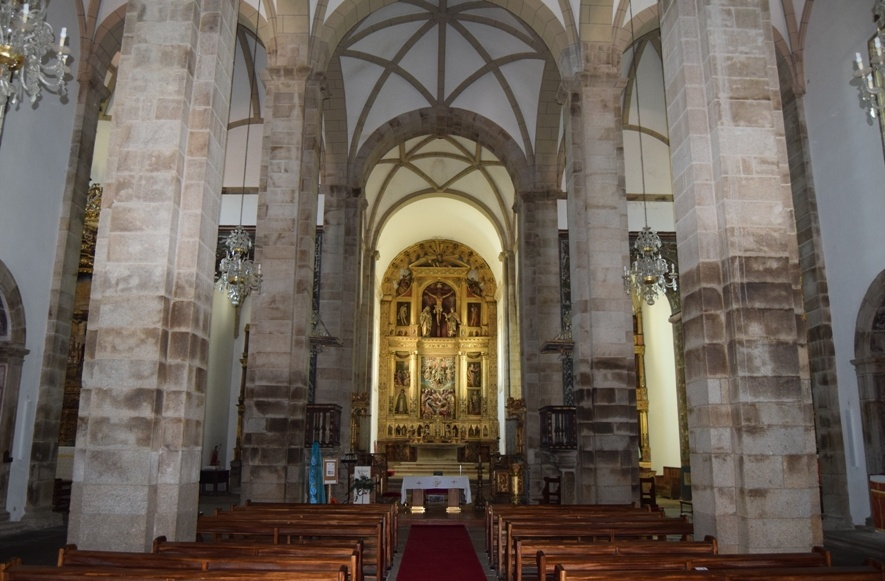 Interior de la catedral de Miranda do Douro