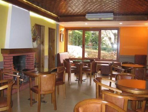 hotel cafetería bragança