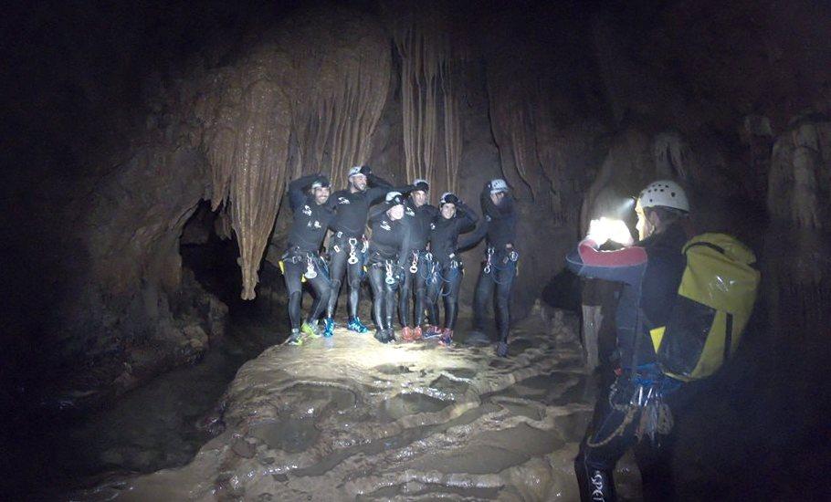 espeleologia cuevas de valporquero leon